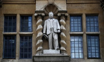 Rhodes Must Fall: Oxford protesters target statue of colonialist